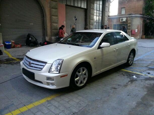 10014 Cadillac STS blanco