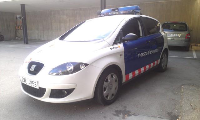 alquiler policia coche barcelona mosso esquadra tyreaction jordi nebot seat altea 1