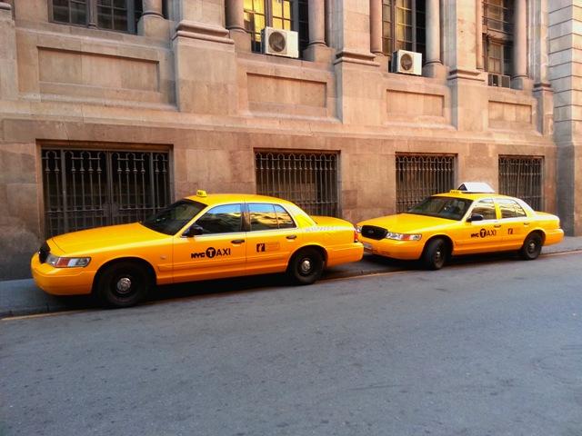 alquiler taxi NYC new york city nueva york barcelona españa catalunya cataluña anuncio spot rodaje pelicula rent tyreaction jordi nebot yellow cab bodas ford crown victoria eeuu usa