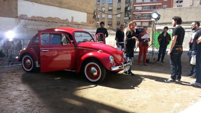 alquiler vw escarabajo bettle rojo dsigual tyreaction anuncio foto