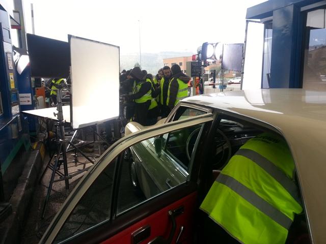 alquiler mercedes clasico 250 s crema spot nescafe tyreaction vehiculos 2