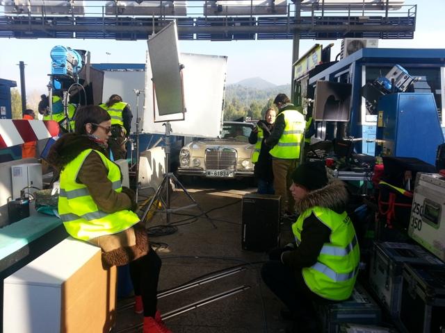 alquiler mercedes clasico 250 s crema spot nescafe tyreaction vehiculos 3