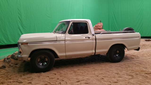 alquiler pickup americana ford f100 clasica spot qatar airways fc barcelona tyreaction vehiculos escena 1