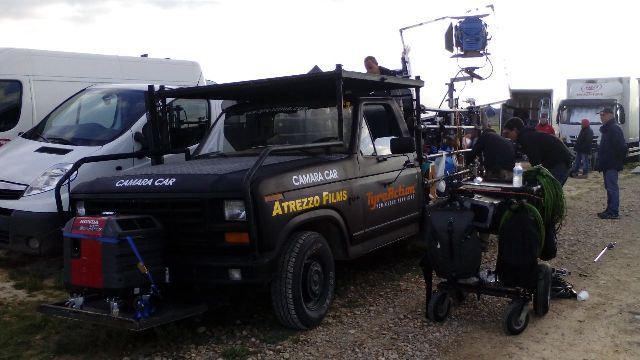 Alquiler camaracar cameracar ford f100 las bardenas reales navarra tyreaction pickup pelicula shooting camara car 8
