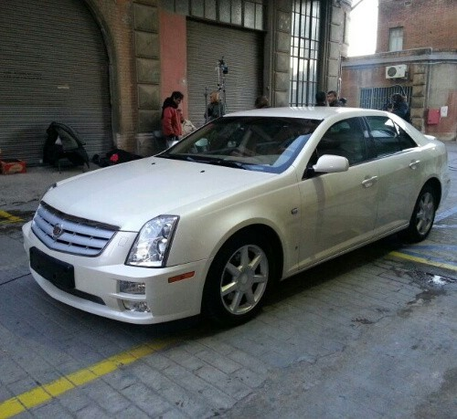 10014 Cadillac STS blanco alquiler coches americanos barcelona