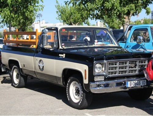 10021 chevrolet scottdale (4) alquiler vehiculos escena barcelona tyreaction pickup americana