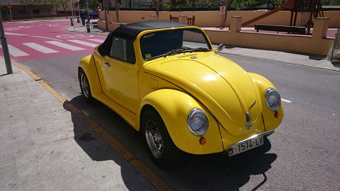 10254 vw beetle amarillo cabrio