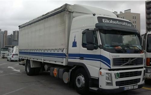 5  - P0029 - Camión blanc i blau 7,70 caja y lona