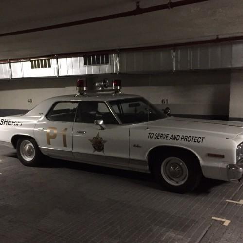 alquiler coche policia americano vehiculos de escena anuncio pelicula tyreaction barcelona