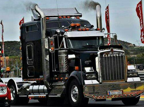 P0001 Tractora americana negra - Ok
