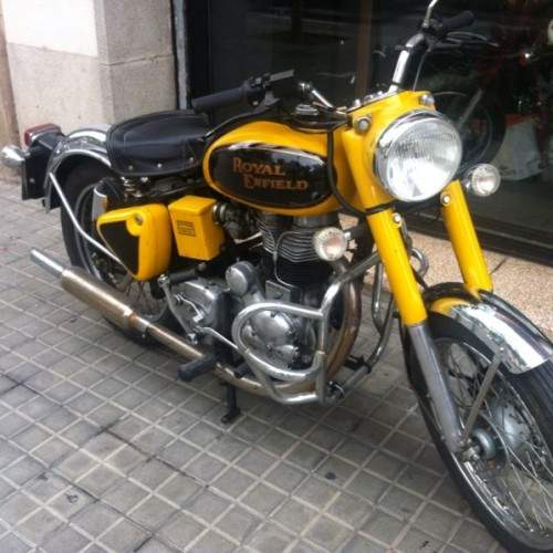 P0032 Royal Enfield histórica front