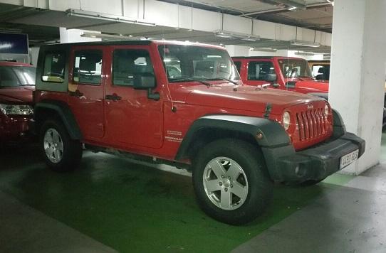 P0099 Jeep Wrangler rojo