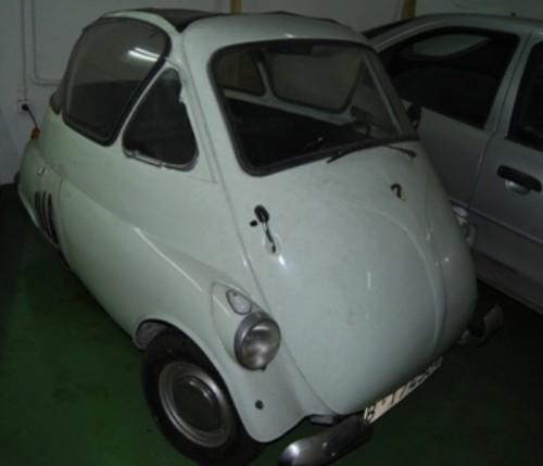 alquiler bmw Isetta españa 1960 tyreaction vehiculos escena