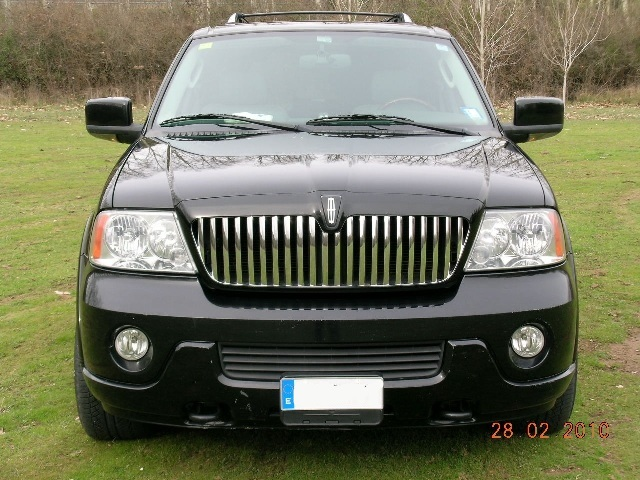 p0014 alquiler lincoln navigator tyreaction front