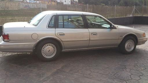 00002 Lincoln sedan