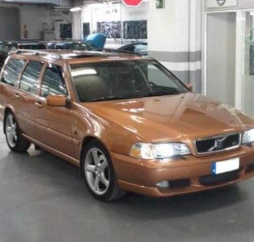 00003 Volvo V 70 dorado (2)