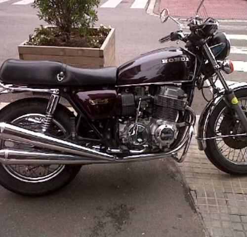 10221 Honda CB 750 (2)