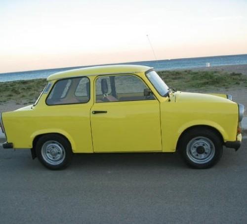 10255 Trabant amarillo