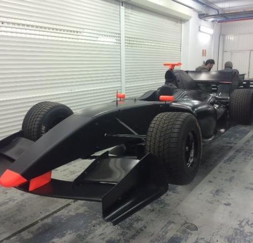 Alquiler formula 3000 world series anuncios vehiculos escena tyreaction 1