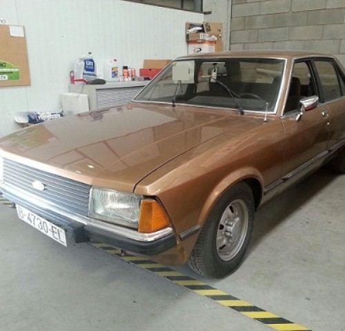 P0014 Ford Granada marrón
