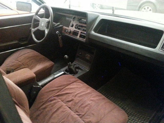 P0014 Ford Granada marrón int.2