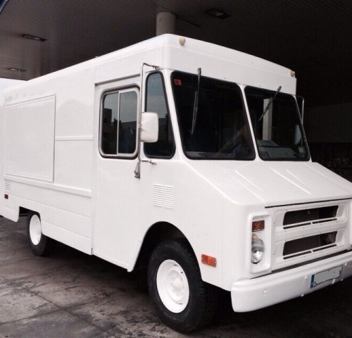 alquiler chevrolet step van ups swat icecream americana blanca tyreaction barcelona 1