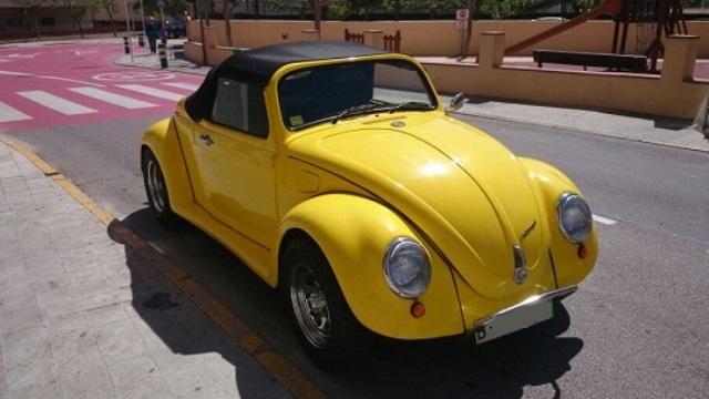 10254 vw beetle amarillo cabrio