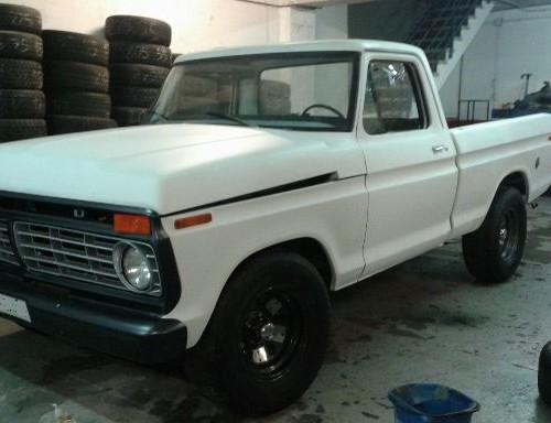 10386 Ford F100 blanca 1
