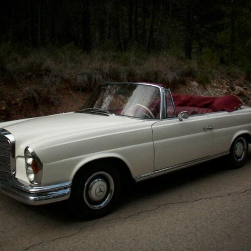 P0018 Mercedes 220 cabrio blanco