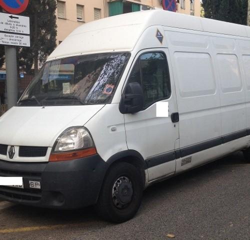 P0029 Renault Master furgoneta blanca lat front