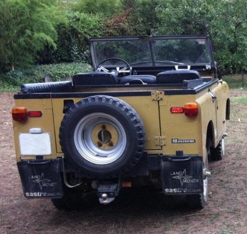 P0036 Land Rover Santana 88 tras