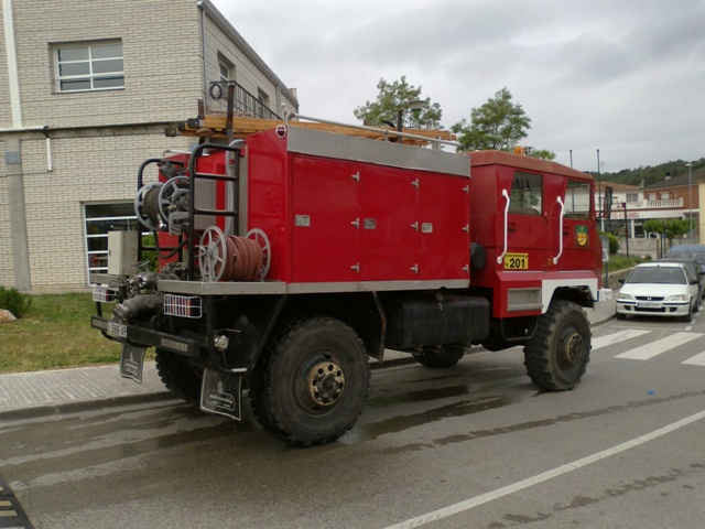 p0013 camion bomberos tras