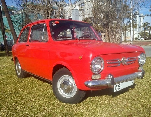 10392.2 alquiler Seat 850 rojo