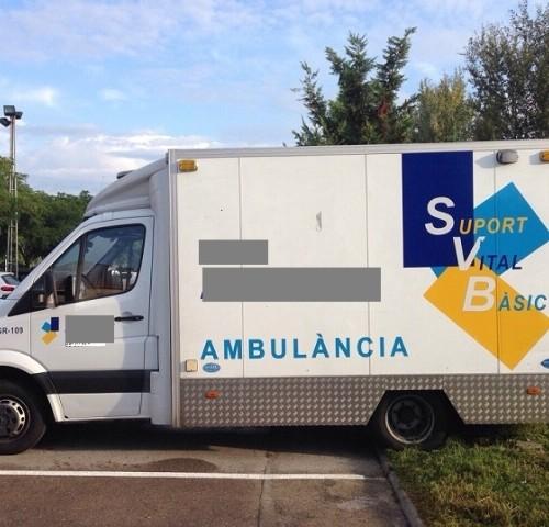 P0055 Ambulancia 109 lat. izq.