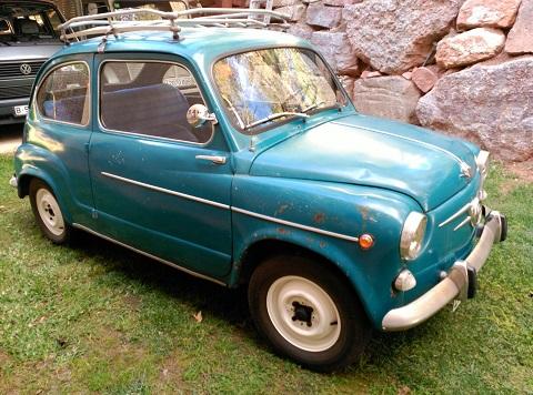 P0112 Seat 600 D blau 1969