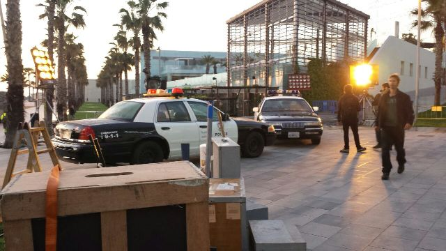 playboy anuncio alquiler coche policia americano vehiculos escena barcelona tyreaction 5