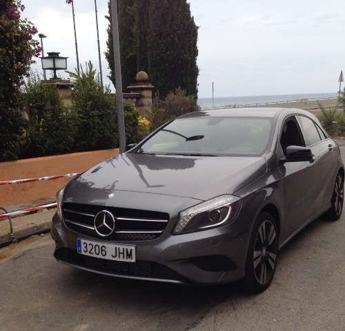 P0044 Mercedes Clase A gris front