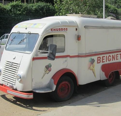 10109 alquiler Furgo helados foodtruck vehiculos escena tyreaction barcelona
