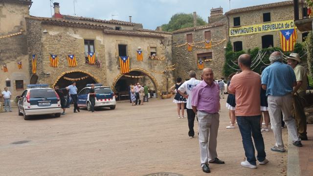 8 ocho apellidos catalanes making off vehiculos escena alquiler coche mossos esquadra tyreaction barcelona 4