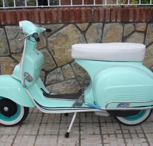 P0017 Vespa azul EC (2)