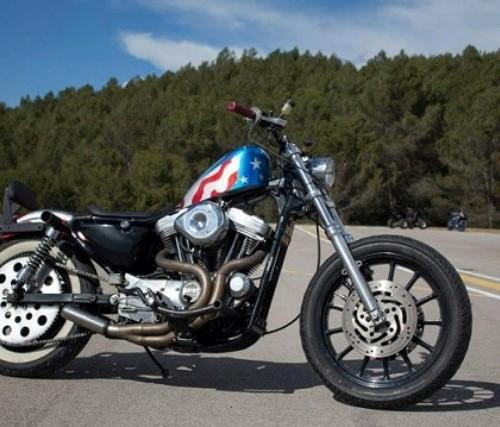 P0105 Harley Spotster 883 azul