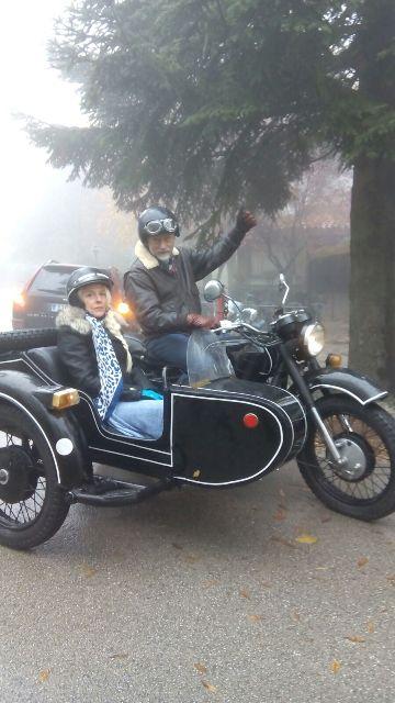 anuncio actimel aking of alquiler moto sidecar 1