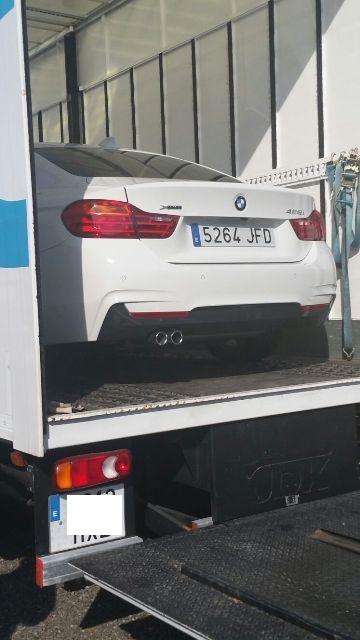 anuncio bmw serie 4 cuando conduzcas conduce tyreaction barcelona transporte cabinado vehiculos especiales