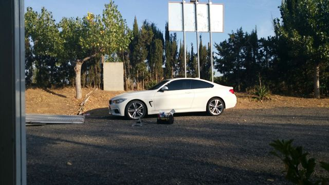 anuncio bmw serie 4 cuando conduzcas conduce tyreaction barcelona