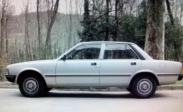 10349.1 Peugeot 505 plata lat