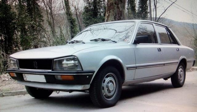 10349.1 Peugeot 505 plata