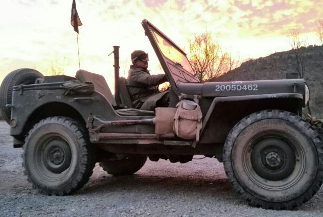10384.1 Jeep willys militar 2