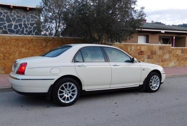 10409 Rover 75 v6 blanco tras