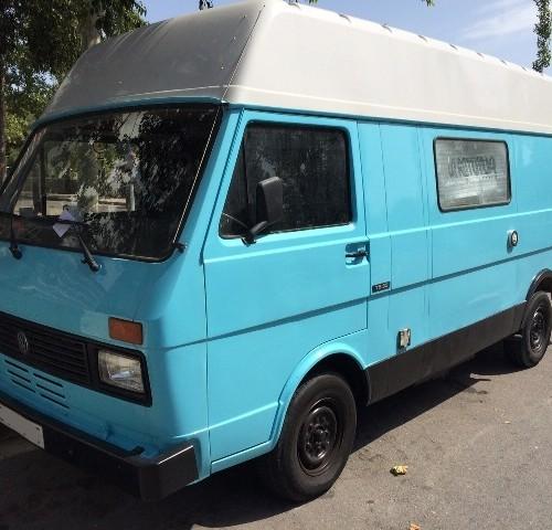 10410 Volkswagen autocaravana front