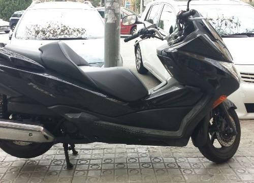 P0044 Honda Forza negro lat